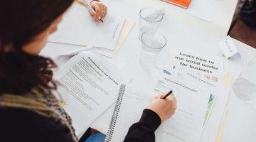 Social media business training photo