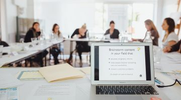 Social media marketing course photo